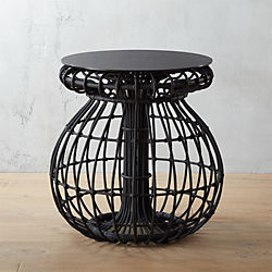 arana side table