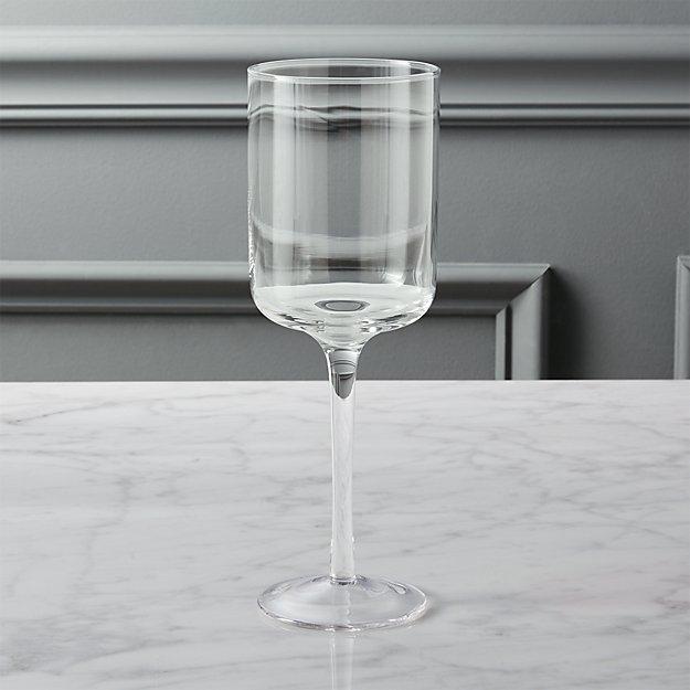 balance wine glass