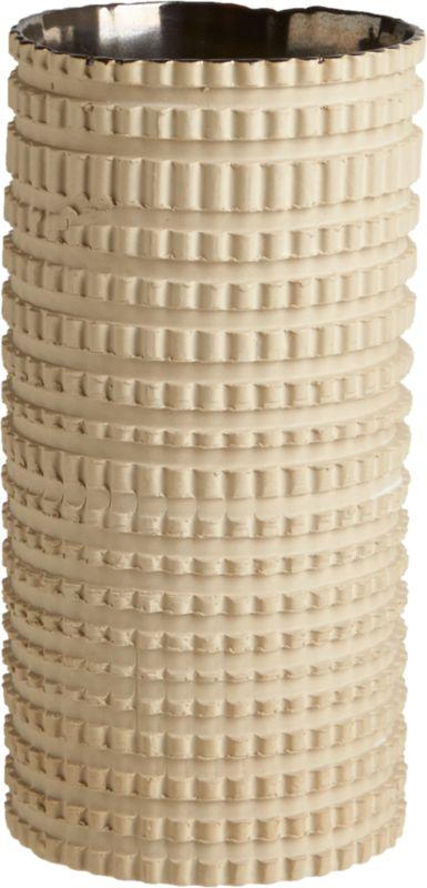 centro hand-thrown vase