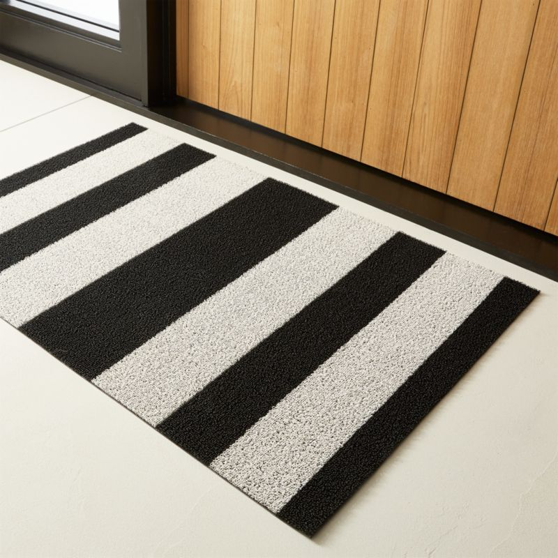 Chilewich 174 Black And White Utility Mat Cb2