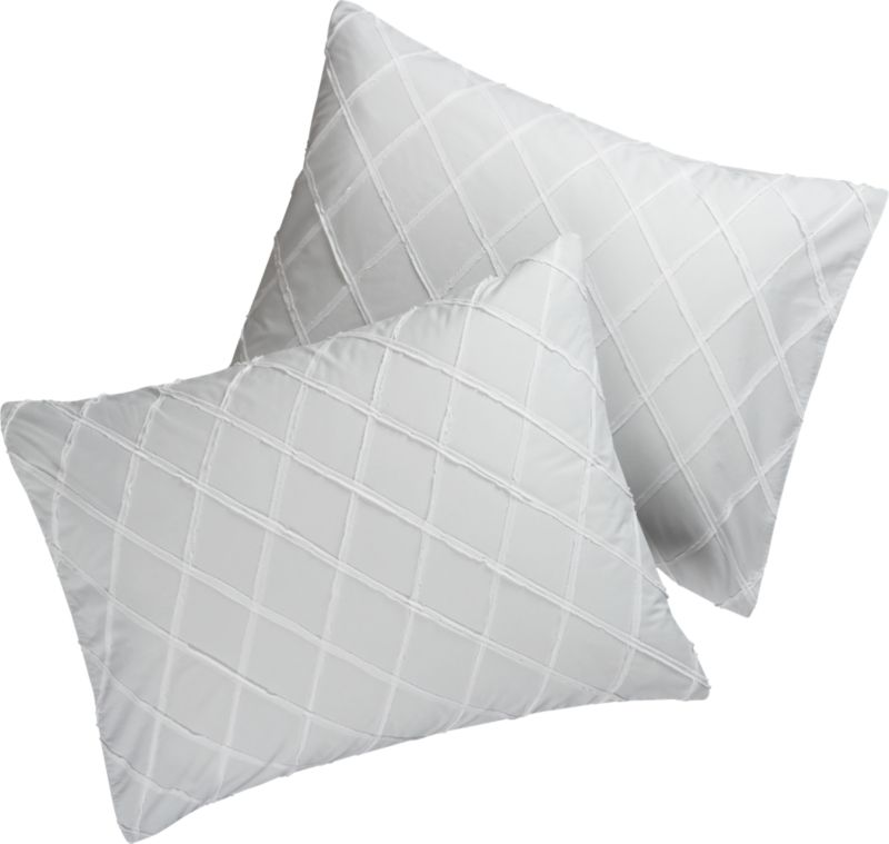 set of 2 standard dahlia grid shams