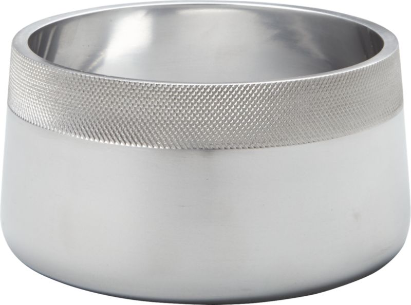 "<span class=""copyHeader"">metal band.</span> Slick polished aluminum bowl goes against the grain, rimmed with a contrasting band of tactile texture. Dishes up salad, pasta, popcorn with a refined industrial feel.<br /><br /><NEWTAG/><ul><li>Handmade</li><li>Cast polished aluminum with textured rim</li><li>Wipe clean with soft cloth</li></ul>"
