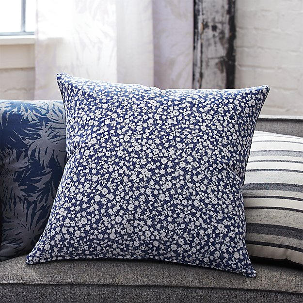 "The Hill-Side halftone floral print 20"" pillow"