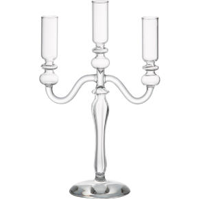 labra holds 3 candleholder