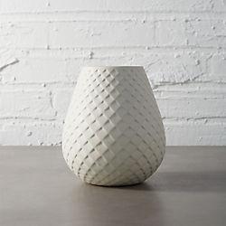 mamba white vase