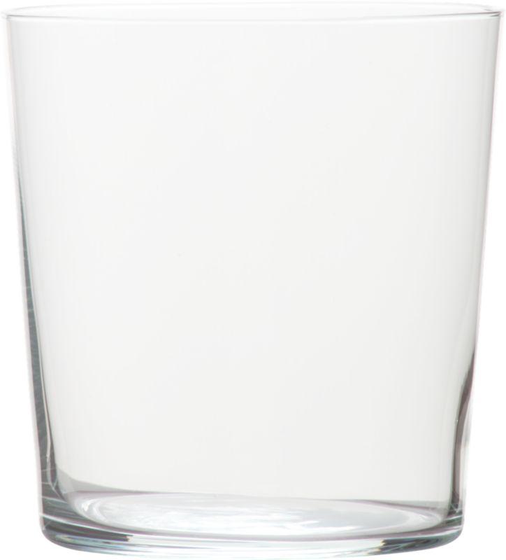 "<span class=""copyHeader"">less than minimal.</span> Stylish and micro-thin, Marta is the mere suggestion of a glass, especially considering its grand size.<br /><br /><NEWTAG/><ul><li>Large capacity</li><li>Machine made glassware</li><li>Dishwasher-safe</li></ul>"