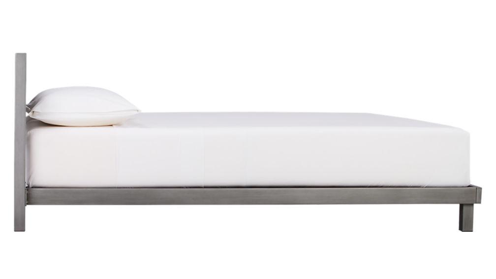 match queen bed