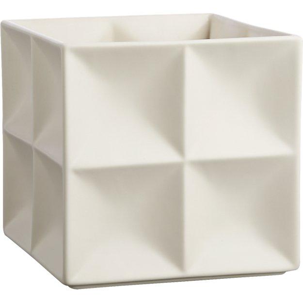 velero white planter