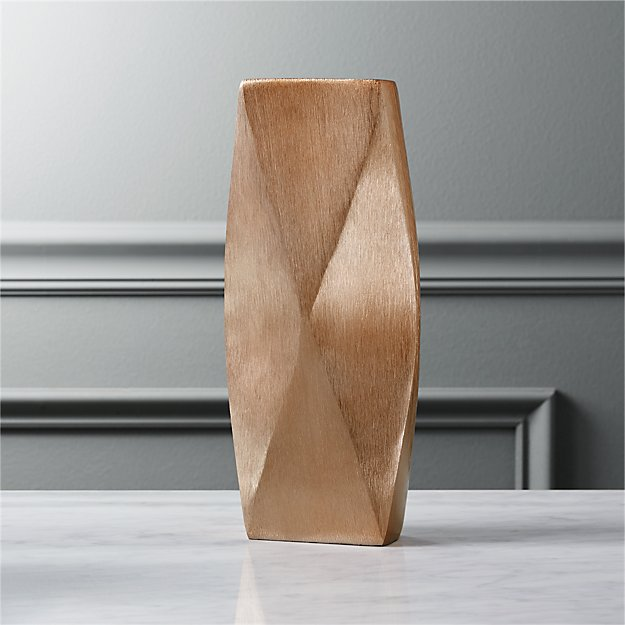 puckr tall copper vase
