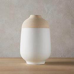 score white vase