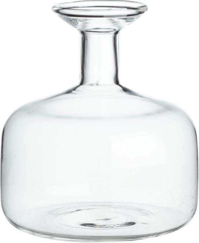"<span class=""copyHeader"">premium bottle.</span> Blown to sculptural form by an artisan glassmaker, clear beaker glass bottle exhibits the natural beauty of blooms and botanicals.<br /><br /><NEWTAG/><ul><li>Handmade</li><li>Borosilicate (""beaker"") glass</li><li>Water-tight</li><li>Hand wash</li></ul>"