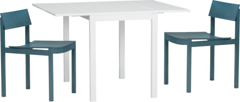 slide bistro table and 2 aqua chairs