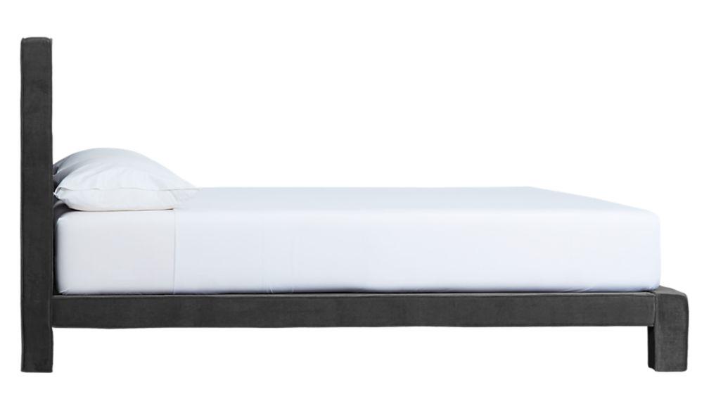 soho lead queen bed
