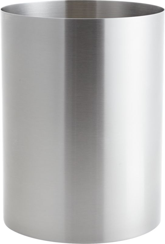 """<span class=""""copyHeader"""">utility civility. </span> Surgical stainless in clean bath house curves and a satin spa finish.<br /><br /><NEWTAG/><ul><li>18/8 stainless steel with satin finish</li><li>Wipe clean with damp cloth</li></ul>"""