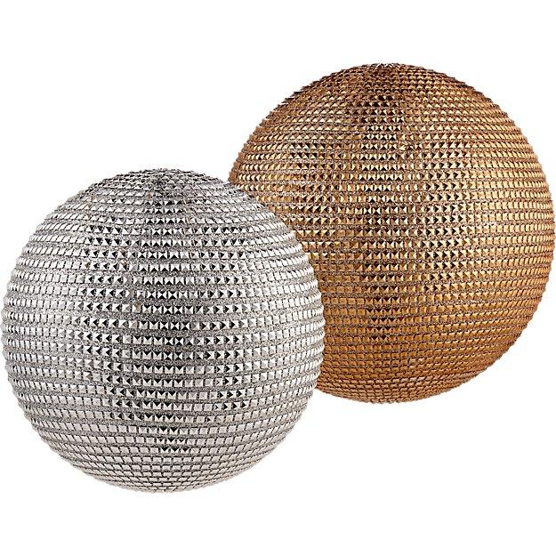 stud balls