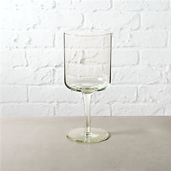 verde wine glass