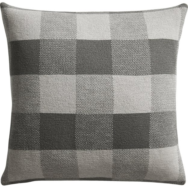 "victor 18"" pillow"