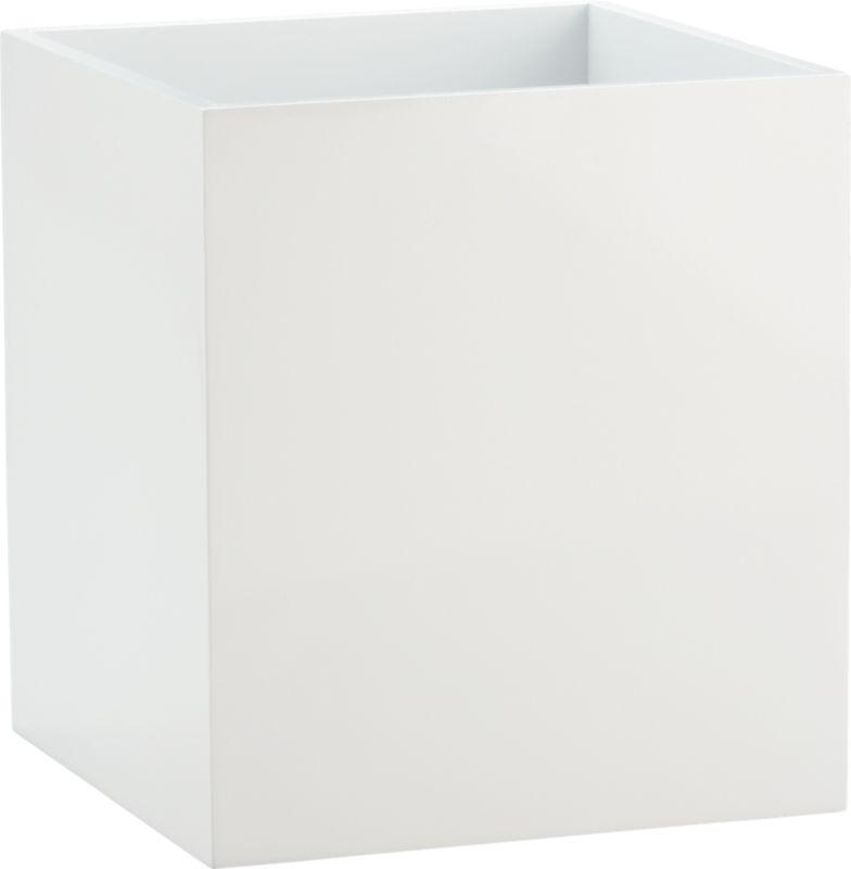 white wastecan