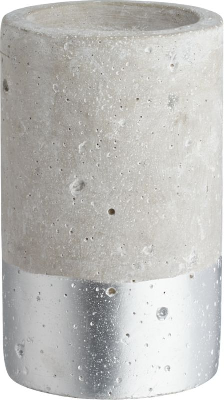 win-win silver-dipped pillar candle holder