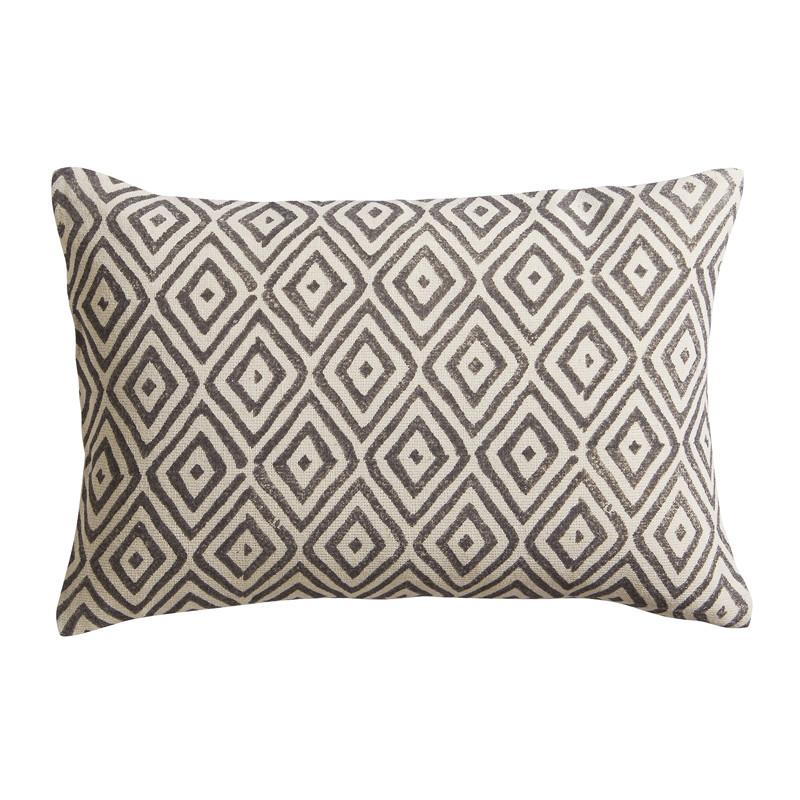 diamond lattice 18x12 pillow