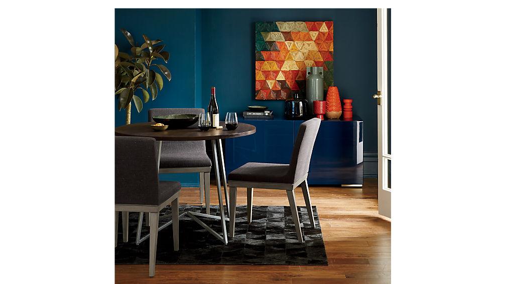peak dining table