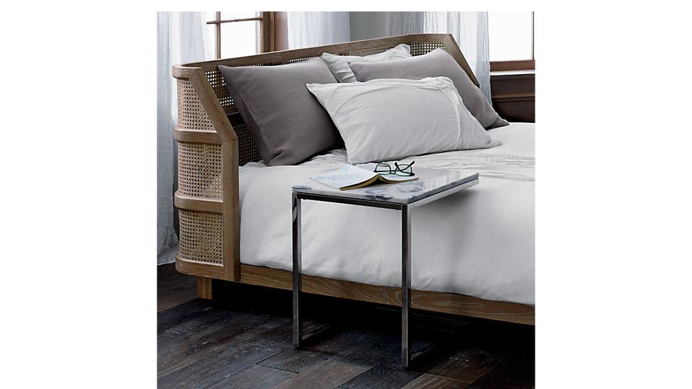 supra queen bed