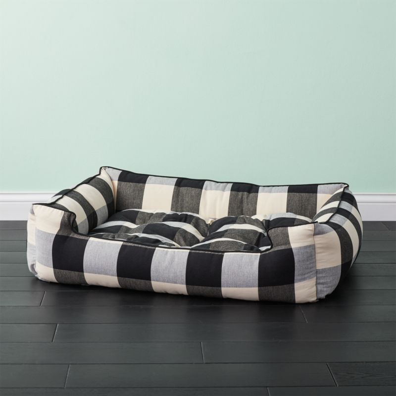 Black and white large plaid dog bed reviews cb2 for Crate and barrel dog bed