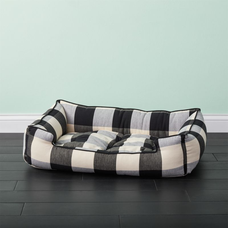 Black and white medium plaid dog bed reviews cb2 for Crate and barrel dog bed