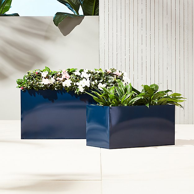 blox hi-gloss low navy planters