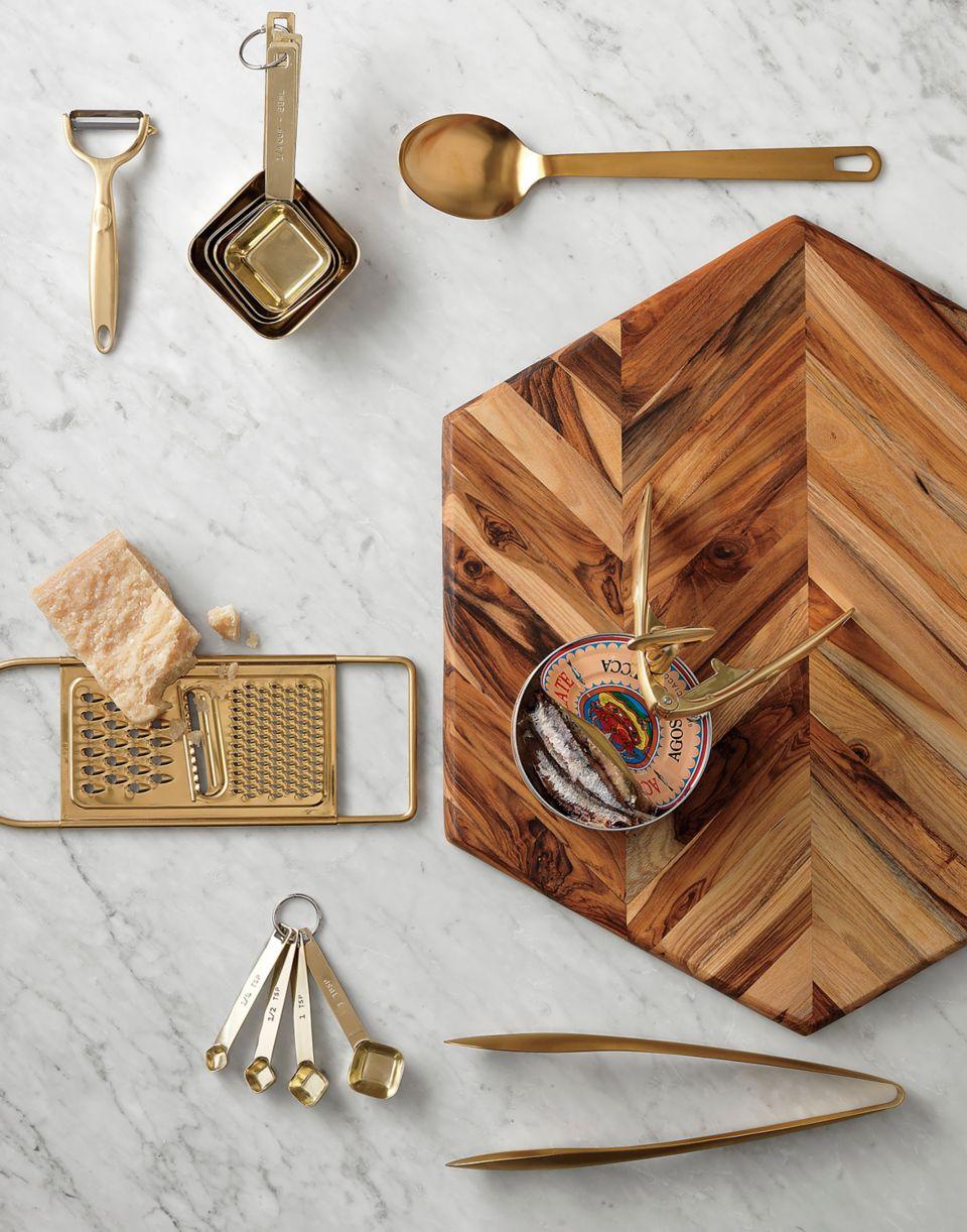 10 Must Have Modern Kitchen Utensils