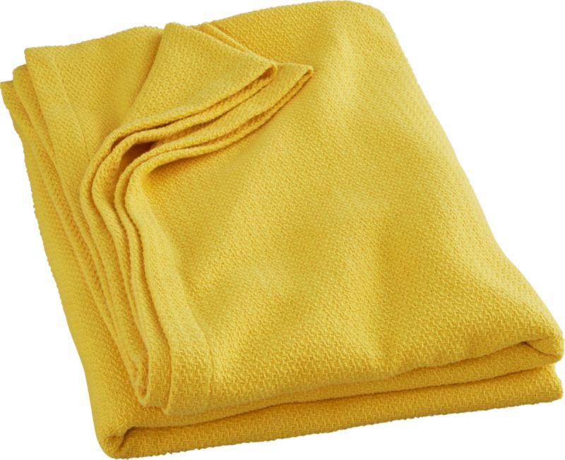 classic yellow full/queen blanket