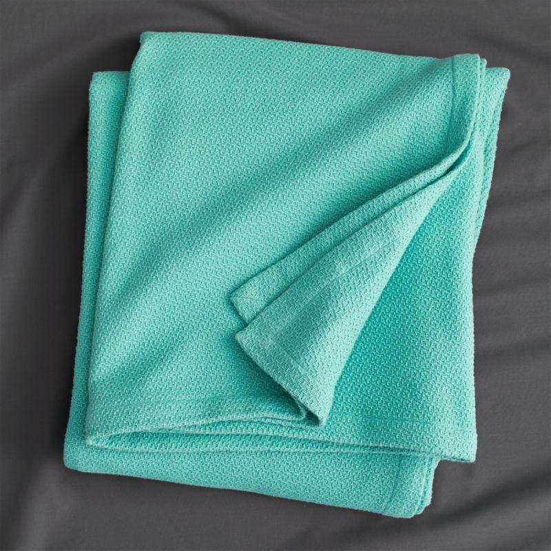 classic aqua full/queen blanket