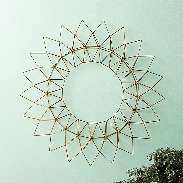 Dara Brass Wire Wreath