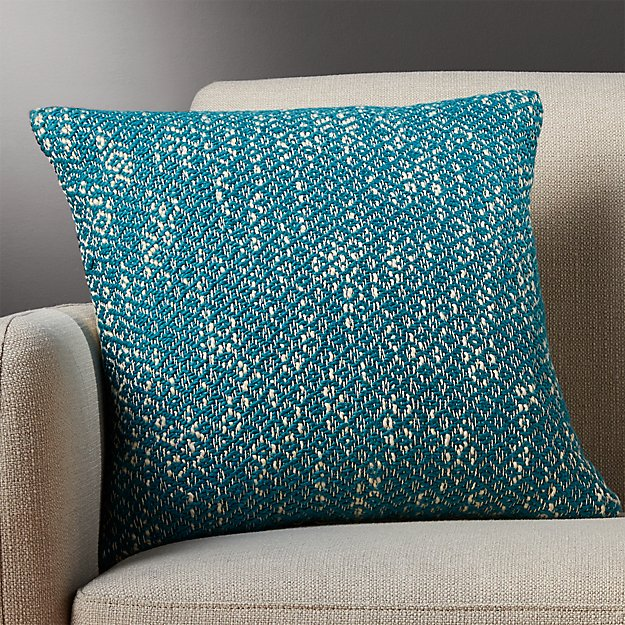 "18"" diamond weave swoon pillow"