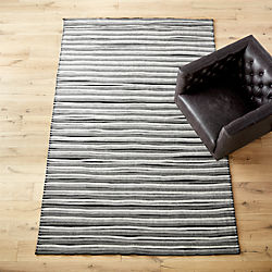 distorted pleat grey and black rug
