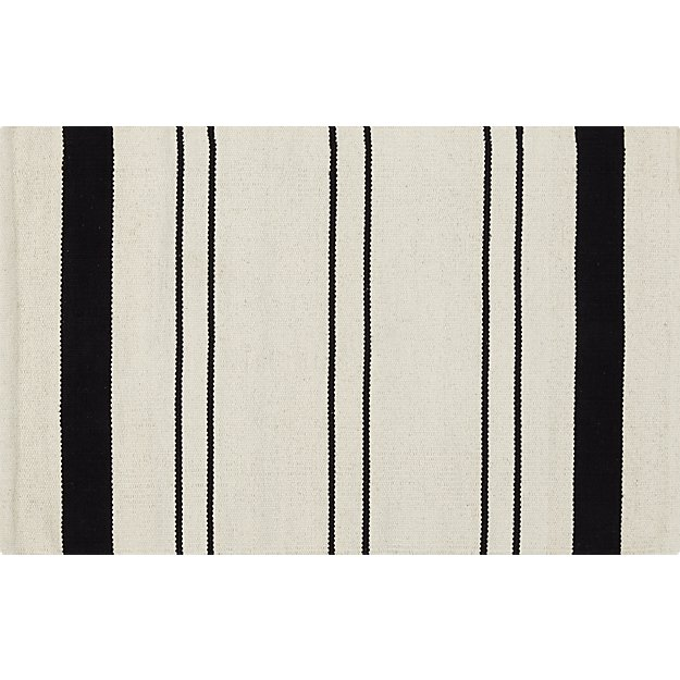 end line rug 2'x3'