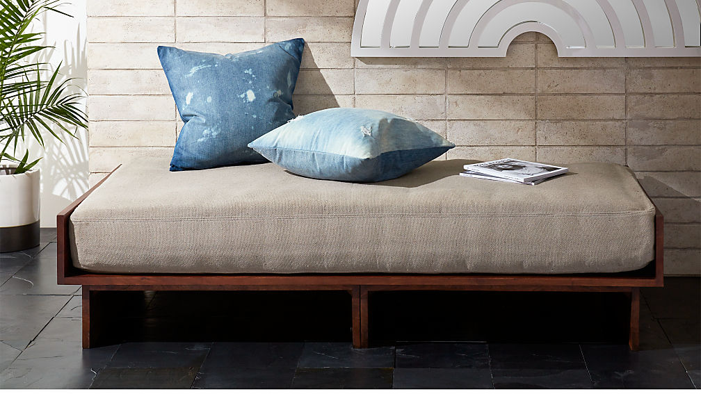 Fred Daybed
