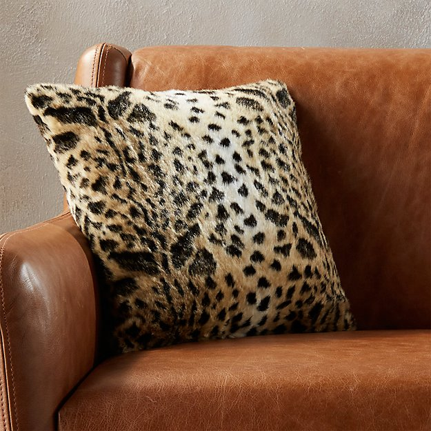 "16"" faux fur cheetah pillow"