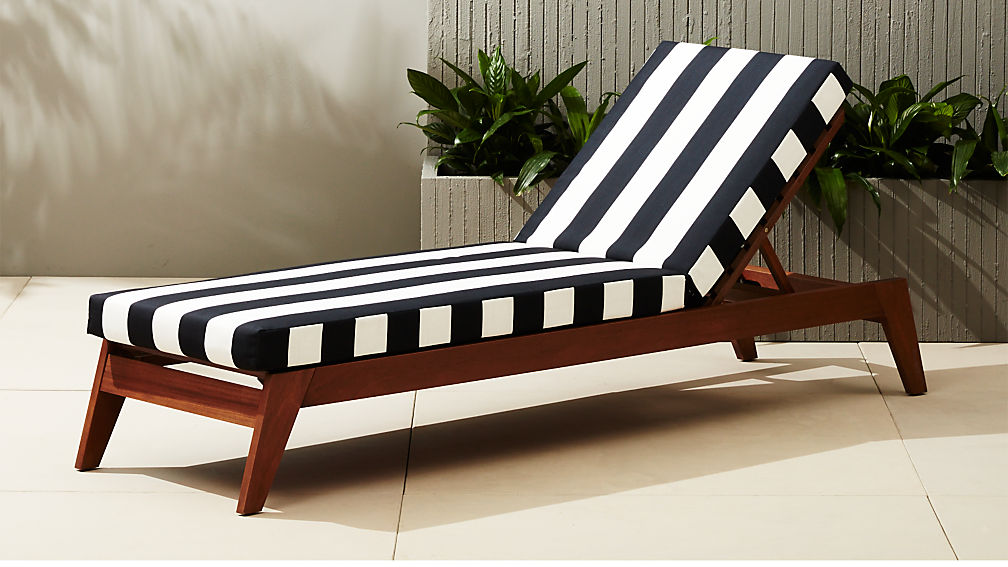 Filaki black and white chaise lounge cb2 for Black and white chaise lounge