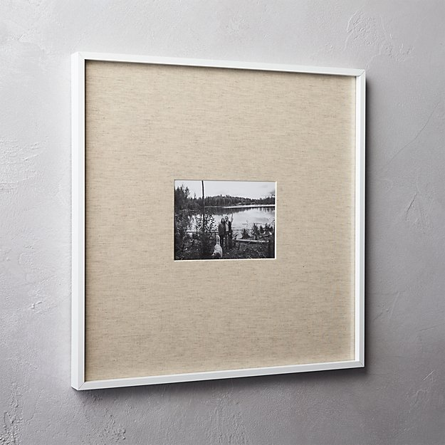 gallery white 5x7 picture frame with linen mat