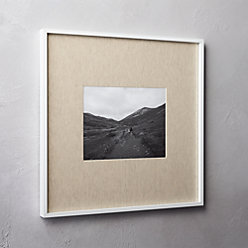 gallery white 8x10 picture frame with linen mat