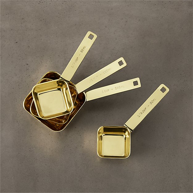 4-piece gold measuring cup set