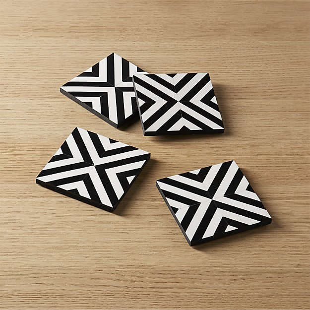 set of 4 inlay wood black and white coasters
