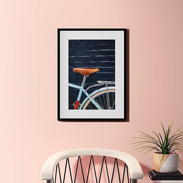"city bike blues with black frame 23.5""x31.5"""