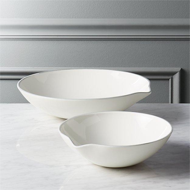 laboratory serving bowls