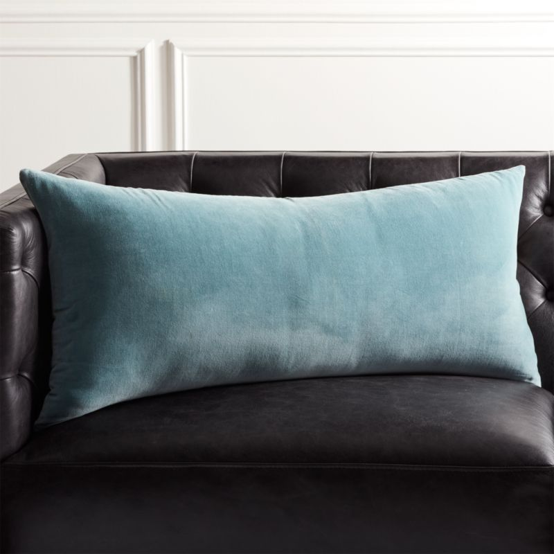 36 quot x16 quot leisure artic blue pillow cb2 16572 | leisurearctblplwcvr36x16inshs18
