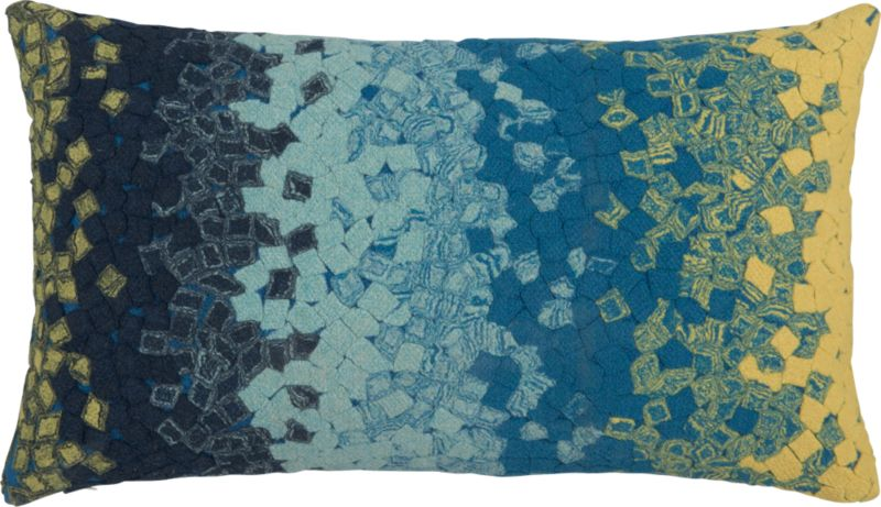 "ombre fossette 20""x12"" outdoor pillow"