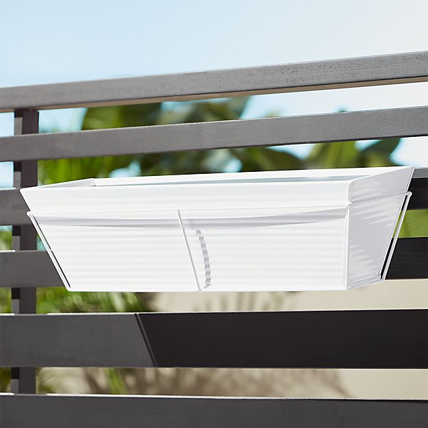 oscar hi-gloss white rectangular rail planter and rail frame