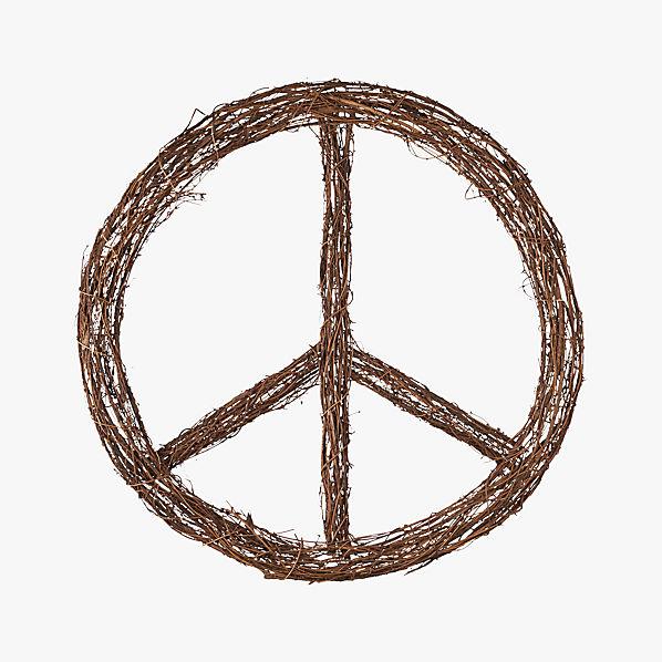 PeaceSignWreathF13