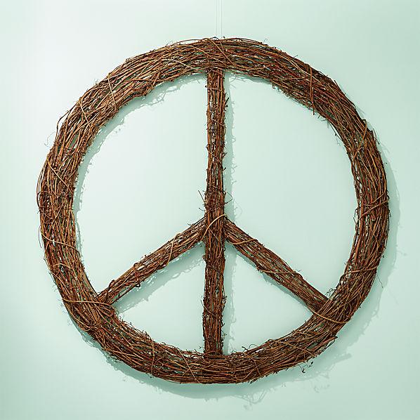 PeaceSignWreathSHF17